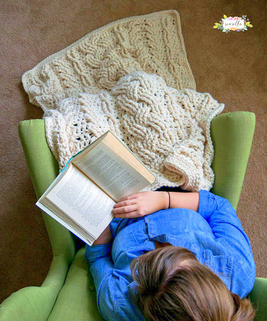 Heirloom Cabled Throw afghan Crochet pattern
