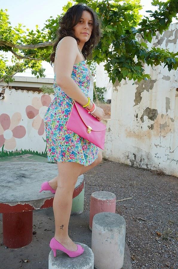 color en la mesa, look, ootd, outfit, vestido, flores, color, mi vestido azul, blogger, blog de moda, castellón