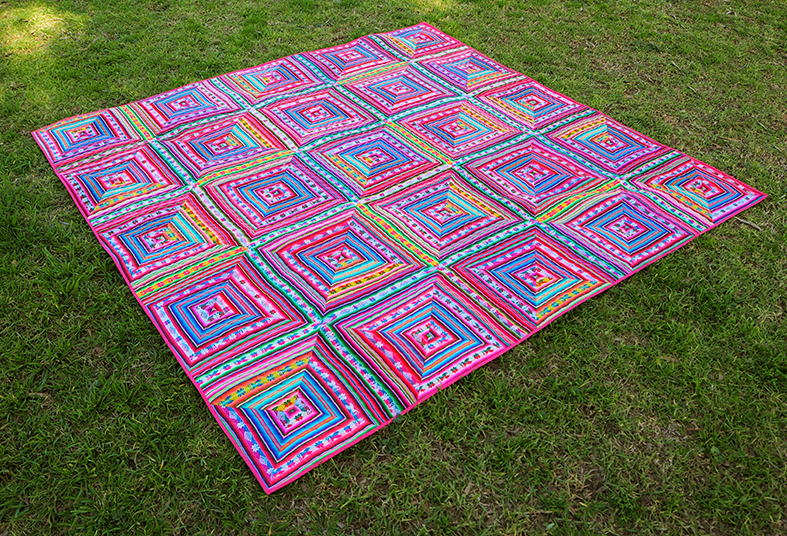 Stitch and Yarn quilt finish