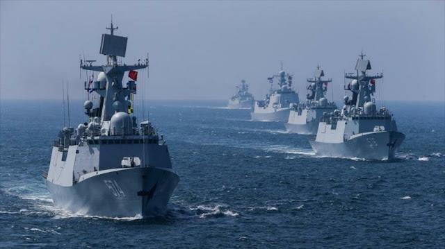 China lleva a cabo ejercicios con fuego real cerca de Taiwán