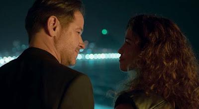 Raul (Murilo Benício) e Érica (Nanda Costa) não resistem à paixão em 'Amor de Mãe' — Foto: Globo