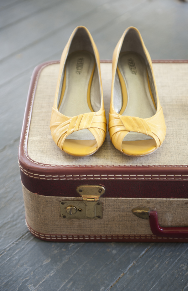 Vintage Yellow Shoes 31