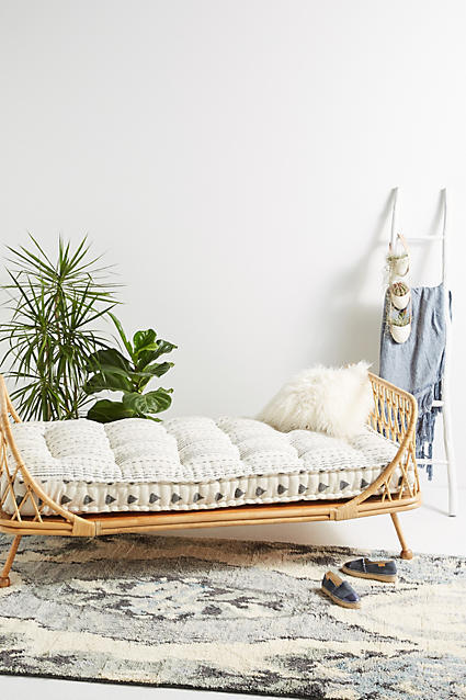 HOTTEST DAYBED!