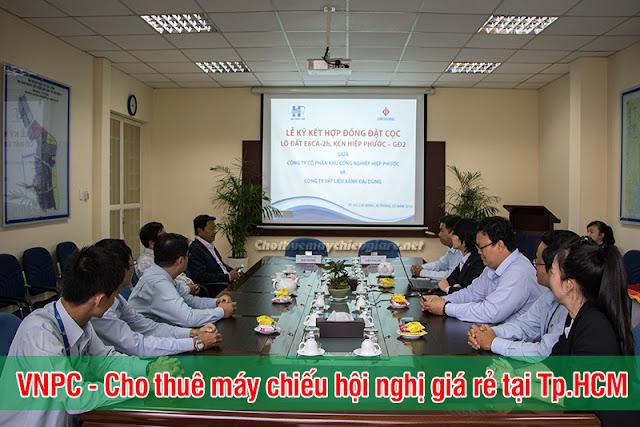 Cho thuê máy chiếu hội nghị chuyên nghiệp tại TpHCM