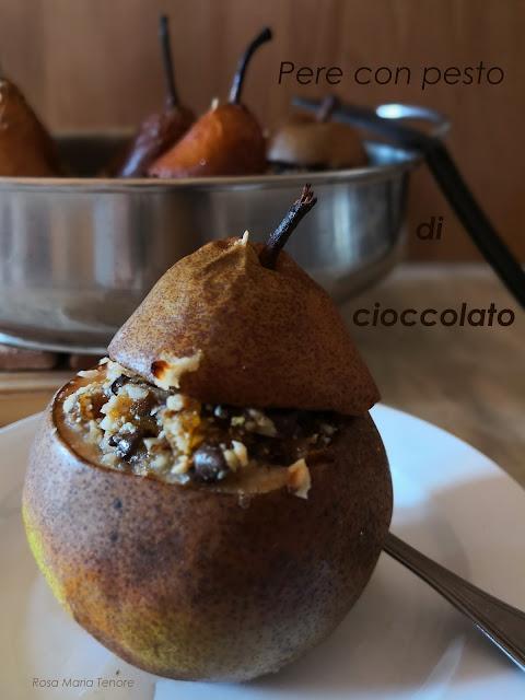 Pere farcite con pesto di cioccolato