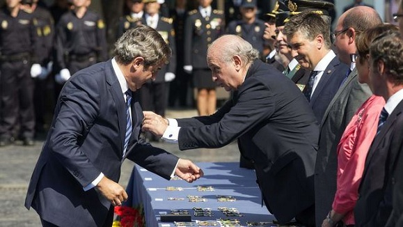 Israel agasaja al presidente y al fiscal jefe de la Audiencia Nacional tras el archivo del caso Netanyahu