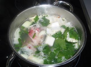 jargo en salsa verde con almejas