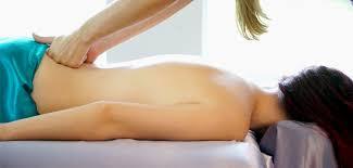 4 cara alami mengatasi sakit pinggang