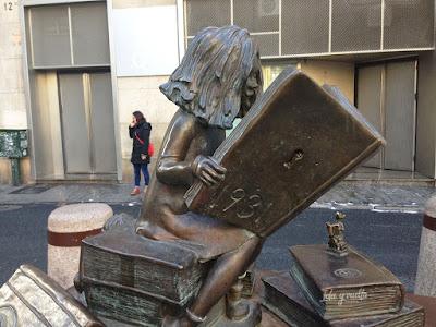 Estatuas Clara Campoamor