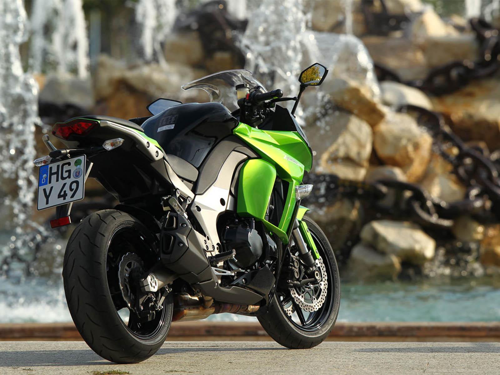 Insane Kawasaki Bike Hd Wallpaper: Wallpaper: Kawasaki Z1000sx Bike Paos