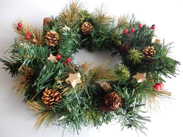 Customisation d'une couronne de Noël