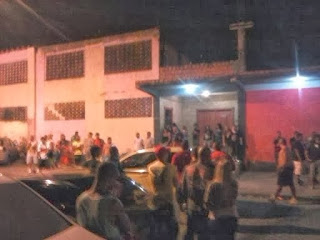 CORREDOR BAIXAR FUNK BAILE DE DE