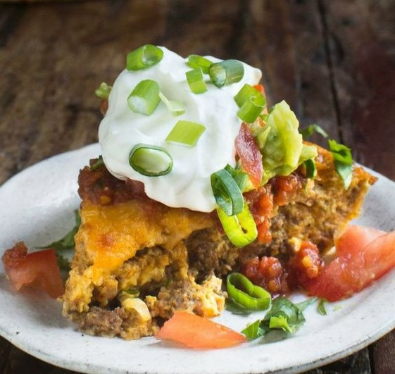 LOW-CARB CRUSTLESS TACO PIE #LowCarb #Diet