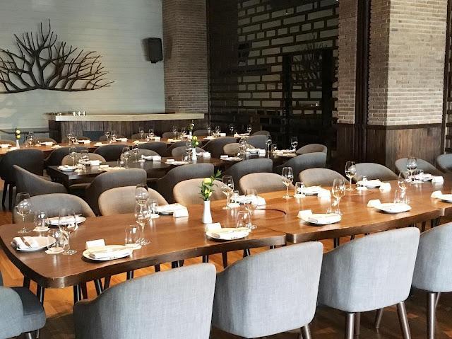 Akira Back - Tempat Makan di Jakarta