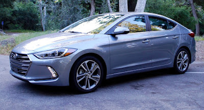 New 2017 Hyundai Elantra side look Hd Photos