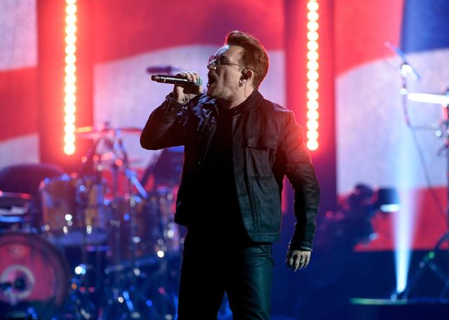 Bono se queda sin voz en pleno concierto
