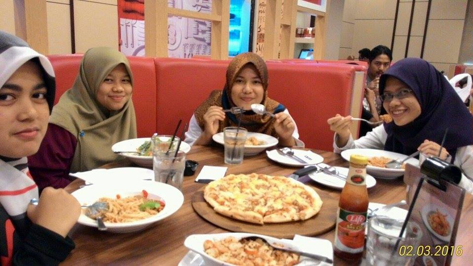 DINNER DI PIZZA HUT IOI CITY MALL,PUTRAJAYA