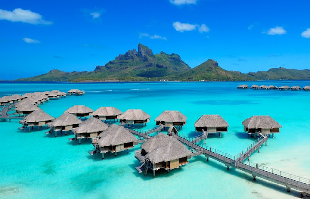 Four Seasons Resort, Bora Bora, Polinesia Prancis