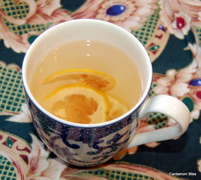 Dehydrate your own organic lemons for a beautiful herbal lemon tea.