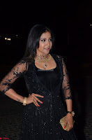 Sakshi Agarwal looks stunning in all black gown at 64th Jio Filmfare Awards South ~  Exclusive 090.JPG