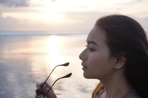 Fakta Ratna Kharisma Adzana Harus Anda Ketahui [Artis Indonesia Hot]