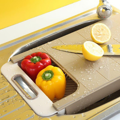 Retractable Chopping Board and Colander