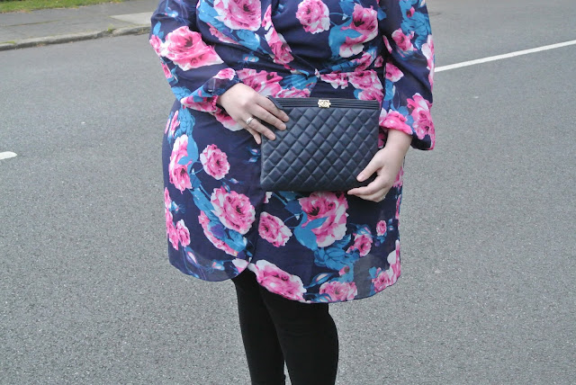 AX Paris Curve at Simply Be Floral Wrap Dress UK Plus Size Fashion Blogger WhatLauraLoves Image