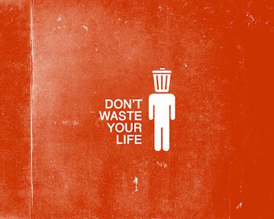 आप किस तरह अपनी जिंदगी बर्बाद कर रहे है? । best Motivational speech Hindi