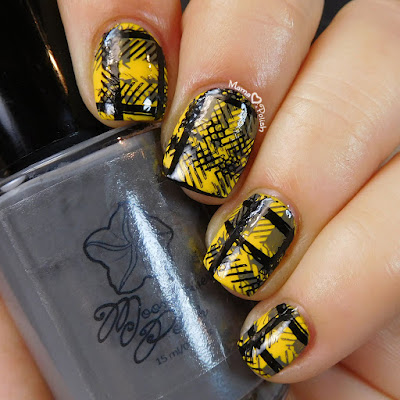 Hufflepuff-Pride-Nail-Art-Moonflower-Polish-Gris