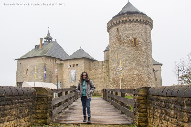 ponte e vista do castelo de malbrouck