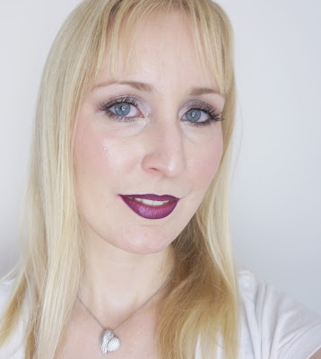 MAC - Lip Pencil (Currant), Hot Gossip - Ombre Lips Look Make-up, blond
