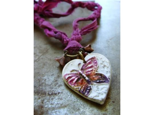 https://3.bp.blogspot.com/-gA9HBJEyWvg/Vt1GNK0ysoI/AAAAAAAAIlE/ewre46ekILs/s1600/orchidheart.jpg