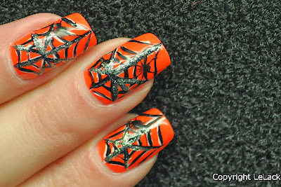 spiderweb nailart