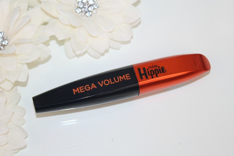 b3be13b1a03 L'Oreal Miss Hippie Mascara Review and Photos | Pink Paradise Beauty