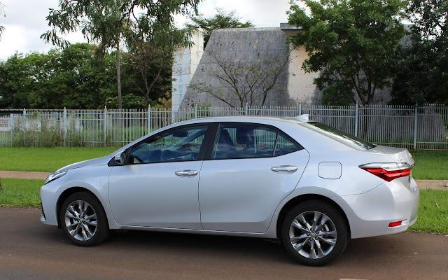 Toyota Corolla XEi 2019 - Prata