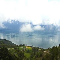 Objek Wisata Ambun Pagi Pemandangan Alam Danau Maninjau Yang Eksotis