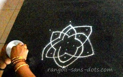 Friday-kolam-1b.jpg