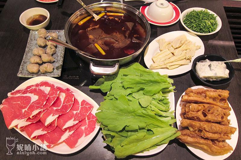 【台北大安區】太和殿麻辣火鍋。港陸藝人來台最愛的麻辣火鍋