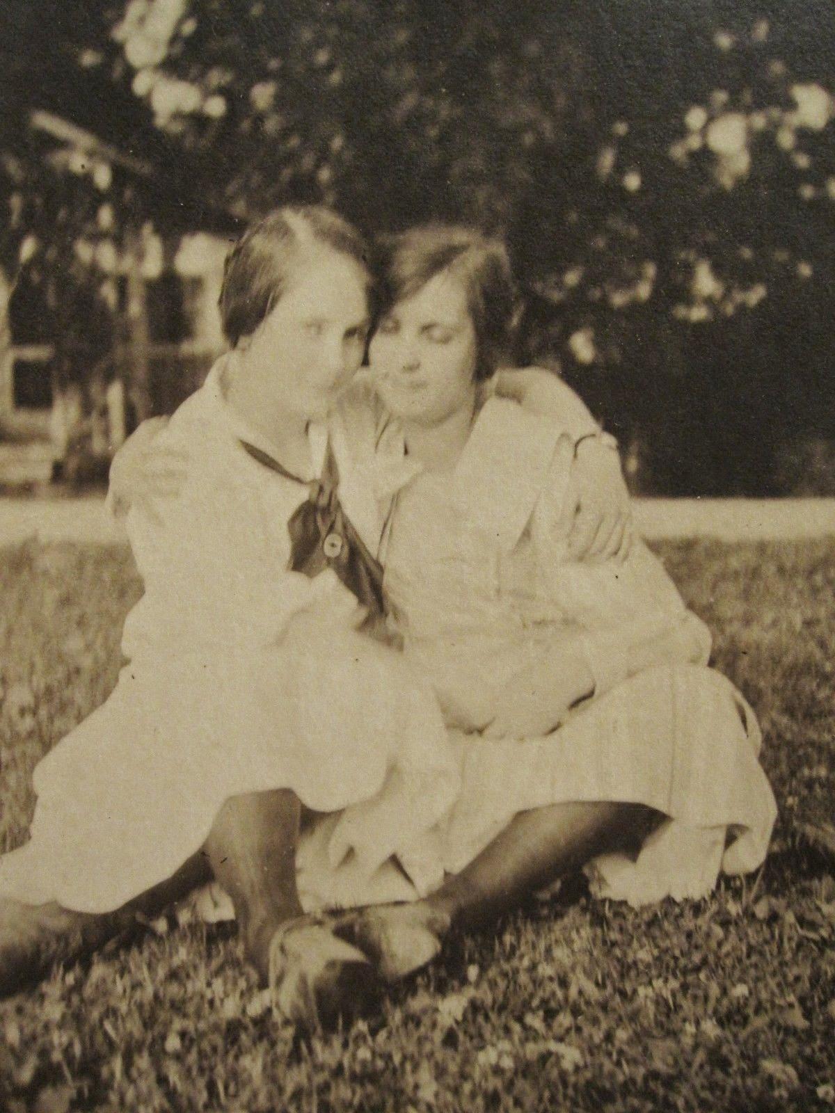 Lesbians living together in cedar rapids iowa apartment - 5 1