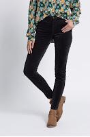 pantaloni-femei-din-colectia-medicine-1