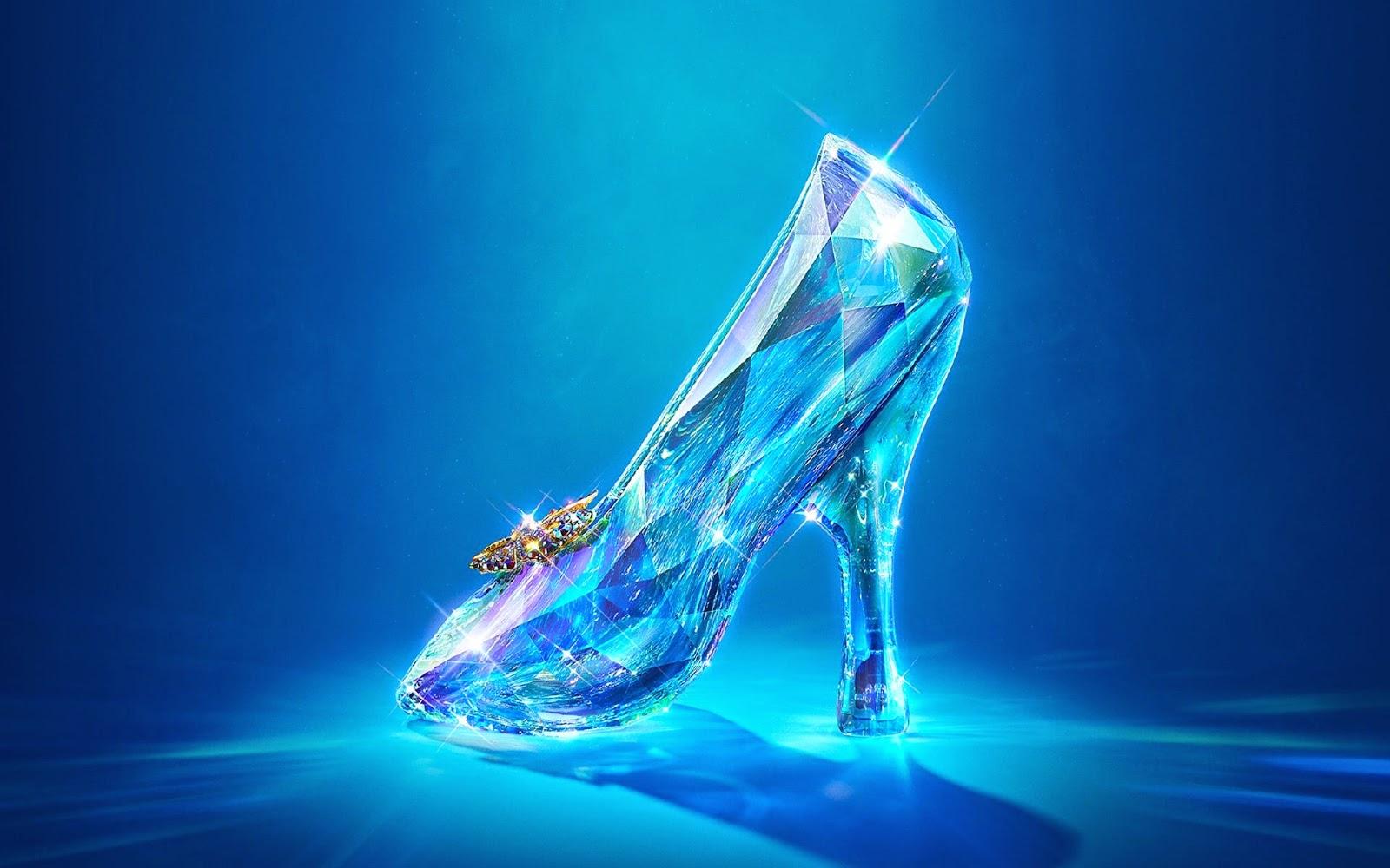 Sinopsis FIlm Cinderella 2015 | SINOPSIS DAN REVIEW FILM