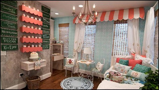 cupcakes bedroom ideas - cupcakes theme candy decorating candyland sweets - cupcake bedding - cupcake decor - candy decor -  Ice Cream decor - cupcakes and candy bedroom ideas - candy theme bedroom - cupcakes and candy decor - Candy party props - Candy party decorations - candyland gingerbread decorations