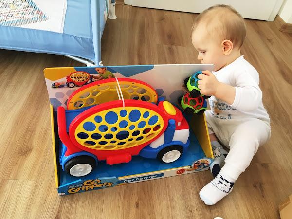 TIP na hračku - OBALL tahač s autíčky