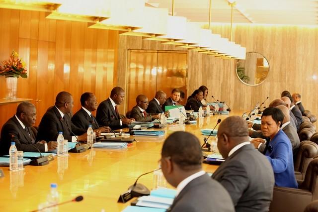 Actualité juridique : Loi et décrets récemment adoptés en conseil des ministres
