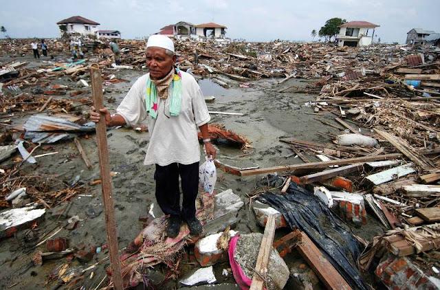 Ini Amalan Yang Harus Dikerjakan Ketika Sedang Terjadi Gempa dan Tsunami