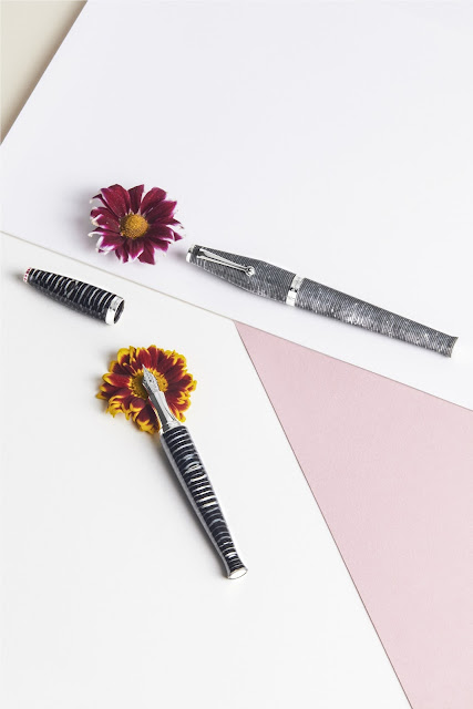 Montegrappa - The Beauty Book Pens