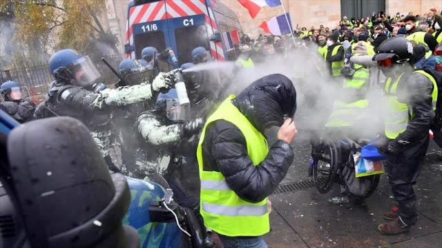 65 000 policías franceses vigilarán protesta de chalecos amarillos
