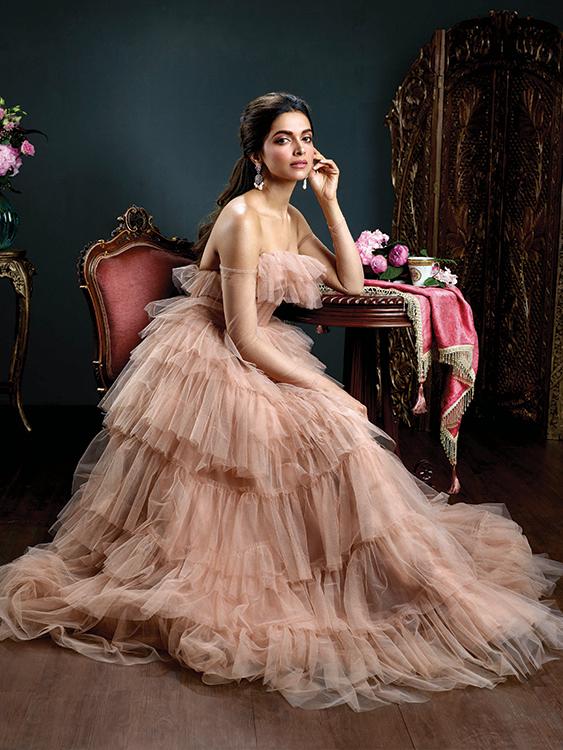 Deepika Padukone Royal Poise Photoshoot%2B%25284%2529