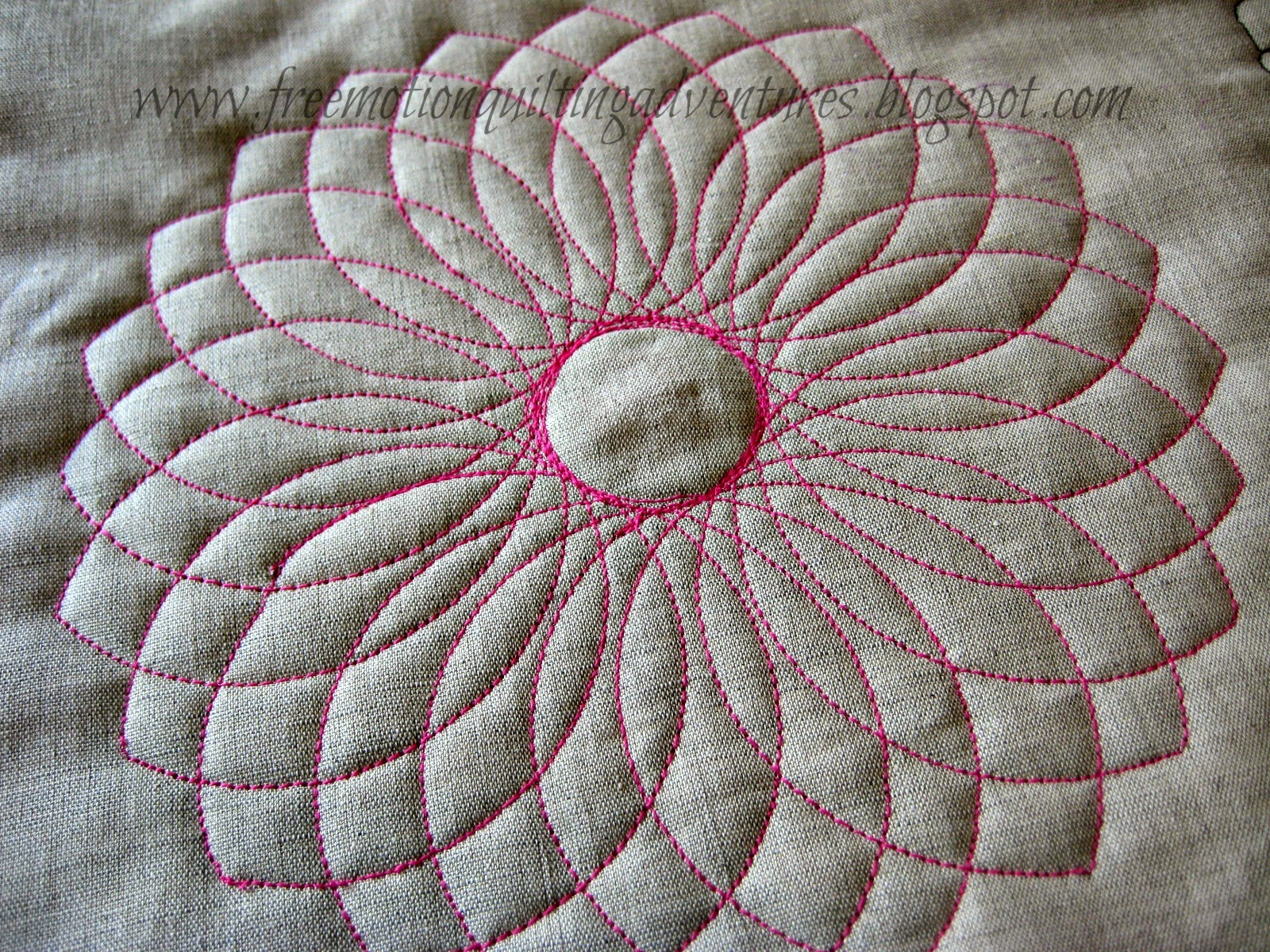 free motion quilting with dahlia ruler