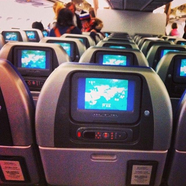 что можно делать в самолете